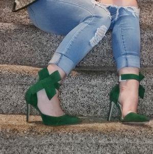 Christmas Green Bow Stilletos